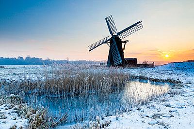 Herringfleet Mill in Winter, Suffolk, England - p651m2007038 by Tom Mackie