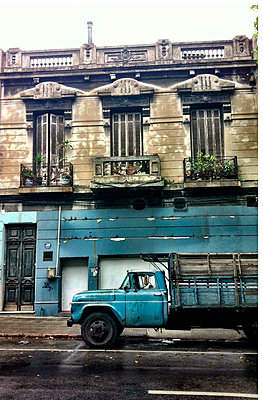 South America, Uruguay, Montevideo, Street View - p300m1010221 by Arist von S.