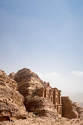 Ad Deir, Petra, Unesco-Weltkulturerbe - p795m2030841 von JanJasperKlein