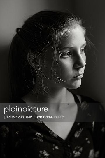 Profil eines Mädchens - p1503m2031838 von Deb Schwedhelm