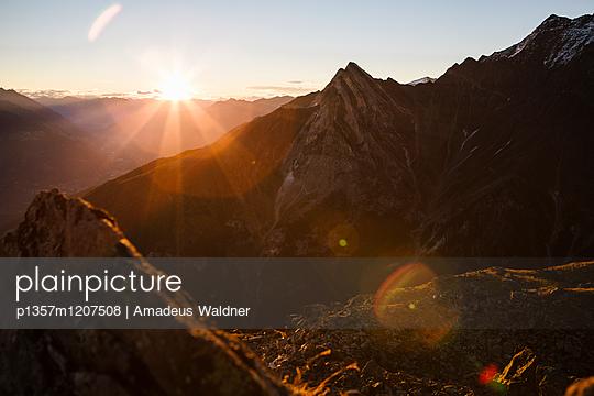 p1357m1207508 by Amadeus Waldner