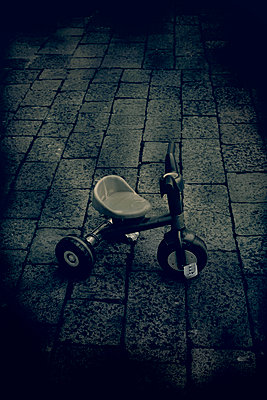 Childhood - p1028m2210820 by Jean Marmeisse