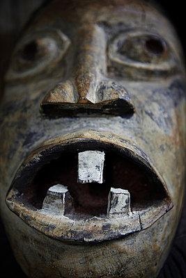 Afrikanische Maske - p4150545 von Tanja Luther