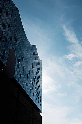 Elbphilharmonie - p1340m2008465 von Christoph Lodewick