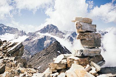 Steinturm auf dem Berggipfel - p1357m1362706 von Amadeus Waldner