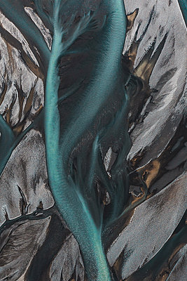 Glacial river as seen from above - p1634m2210334 by Dani Guindo