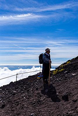 Am Fuji - p1271m2055378 von Maurice Kohl