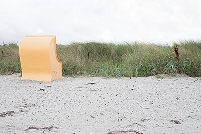 Strandkorb Ostsee - p1227m1041761 von indra ohlemutz