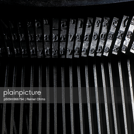 Schreibmaschine - p509m966794 von Reiner Ohms