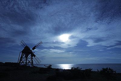 Windmühle im Mondschein - p1016m2100128 von Jochen Knobloch