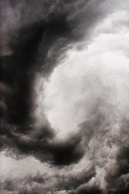 Gewitterwolken, Berg, Oberbayern, Deutschland - p1316m1160455 von Peter von Felbert