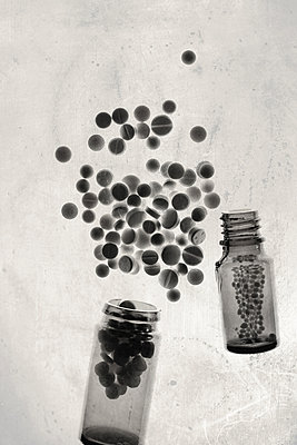 Addicted to pills  - p450m1052027 by Hanka Steidle