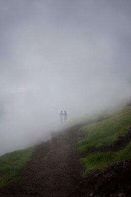 Wandern im Geothermalgebiet in Island - p470m2082298 von Ingrid Michel