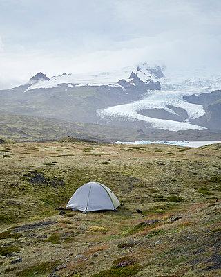 Zelten am Gletscher - p1124m1060328 von Willing-Holtz