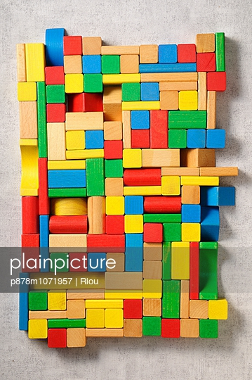 Construction game - p878m1071957 by Riou