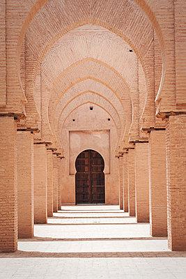 Arcade in Morocco - p1477m1586430 by rainandsalt