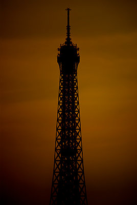 Eiffel Tower - p1028m1591621 by Jean Marmeisse