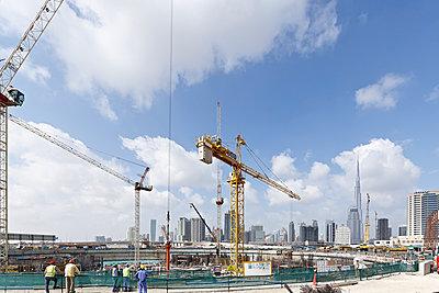 Burj Khalifa Dubai - p1209m1017105 by Guido Erbring