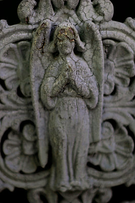 Angel on door - Pere Lachaise cemetery - p1028m1208304 by Jean Marmeisse