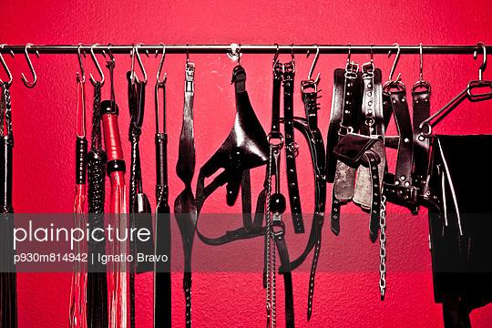 BDSM-tools - p930m814942 by Ignatio Bravo