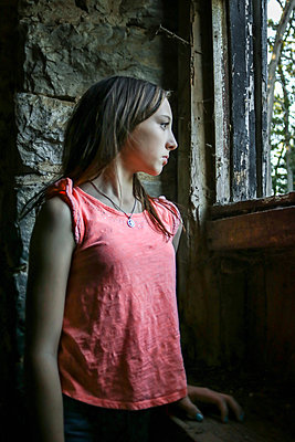 Teenage Girl in a Barn  - p1019m1487227 by Stephen Carroll