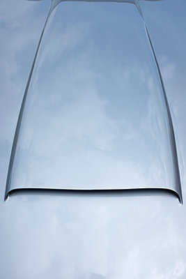 Classic car bonnet - p1228m1464993 by Benjamin Harte
