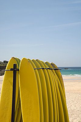 Surfboards at st ives in cornwall - p9244168f by Image Source