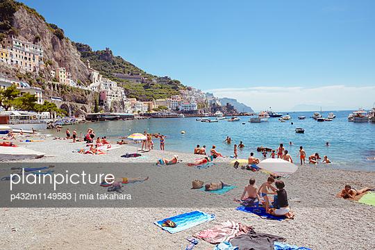 Strand in Amalfi - p432m1149583 von mia takahara