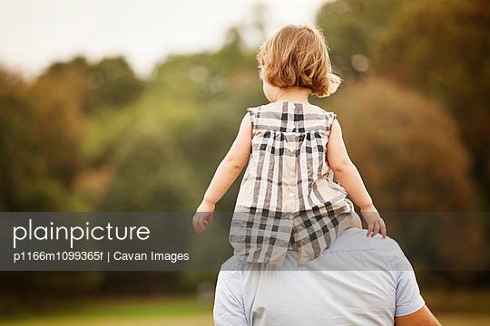 p1166m1099365f von Cavan Images