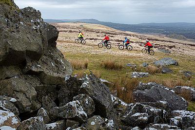 Mountainbiking - p1057m2065732 by Stephen Shepherd