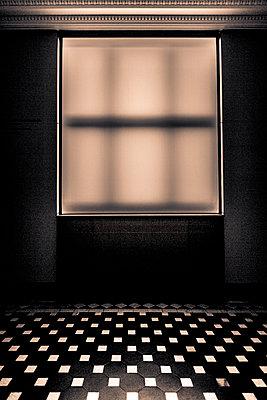 Enigma room - p1062m1172153 by Viviana Falcomer