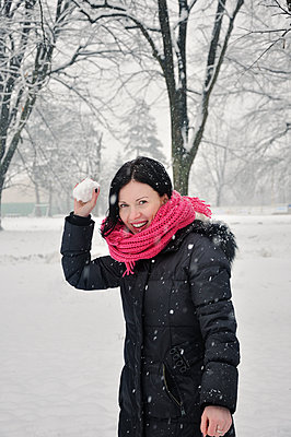 Winter Joy - p577m1025924 by Mihaela Ninic