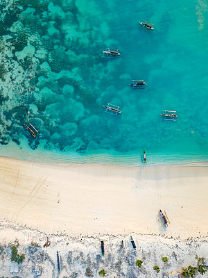 Indonesia, Lombok, Aerial view of beach - p300m2042680 by Konstantin Trubavin