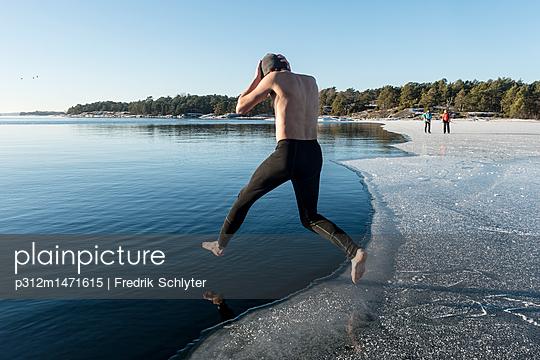 p312m1471615 von Fredrik Schlyter