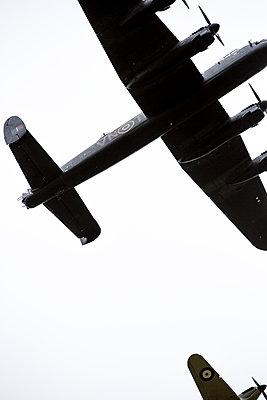 Historische Jagdbomber - p1057m1475323 von Stephen Shepherd