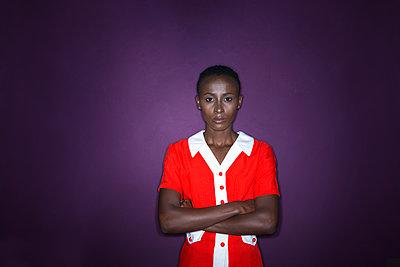Afrikanerin, Porträt - p427m1466450 von R. Mohr