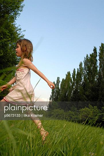 Gamboles in the meadow   - p5673133 by Ilka Kramer