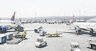 San Francisco International Airport - p342m970637 by Thorsten Marquardt