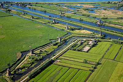 Windmühlen am Kinderdijk - p1120m947890 von Siebe Swart