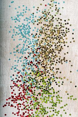 p451m2027150 by Anja Weber-Decker