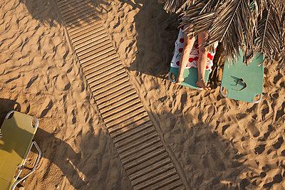 On Vacation - p454m2207560 by Lubitz + Dorner