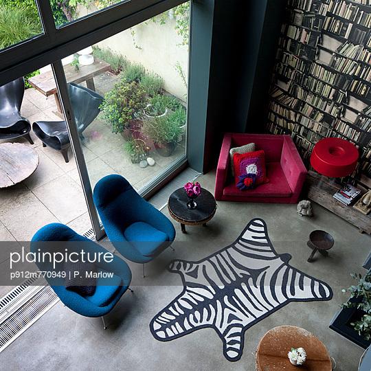 Interior Designer - p912m770949 by P. Marlow