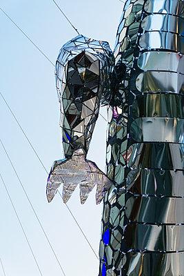 Manga Drachen Roboter, Bangkok - p728m1124403 von Peter Nitsch
