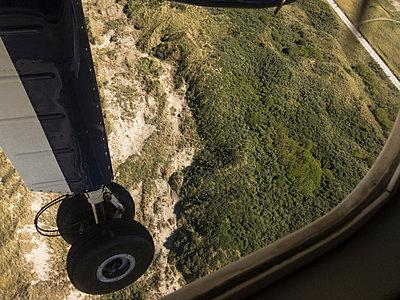 Anflug - p930m933672 von Phillip Gätz