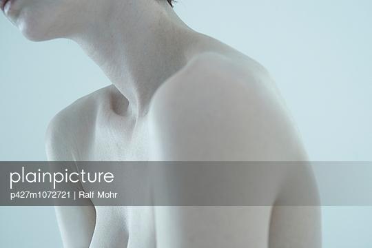 Collar bone - p427m1072721 by Ralf Mohr
