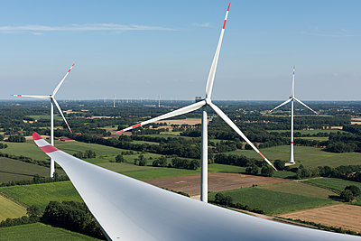 Windpark Hollich-Sellen - p1079m1552942 von Ulrich Mertens