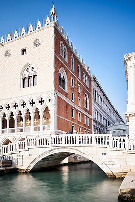 Doges Palace and bridge of sighs - p1312m2082160 by Axel Killian
