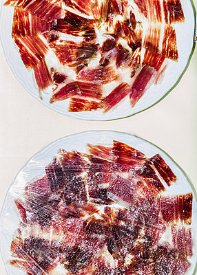 Spanish Iberic Ham - p1085m1116404 by David Carreno Hansen