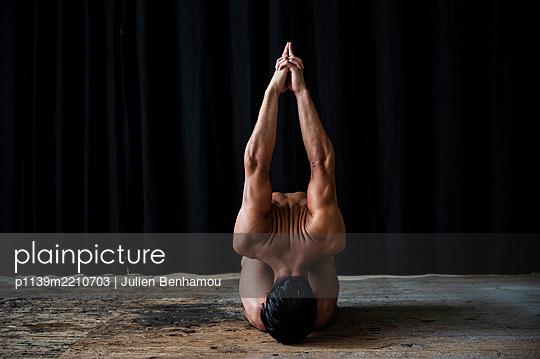 Ballett dancer - p1139m2210703 by Julien Benhamou