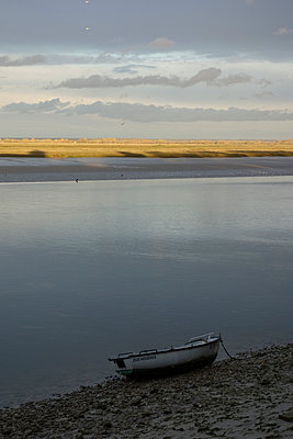 Sunset in Baie de Somme - p1513m2039171 by ESTELLE FENECH